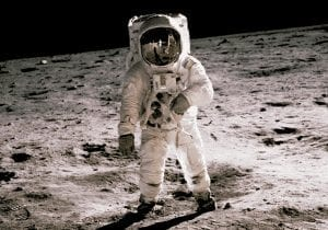 facts about the Apollo moon landing